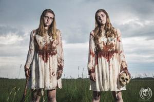 Rutherford Manor - Lisa and Louise Savidge